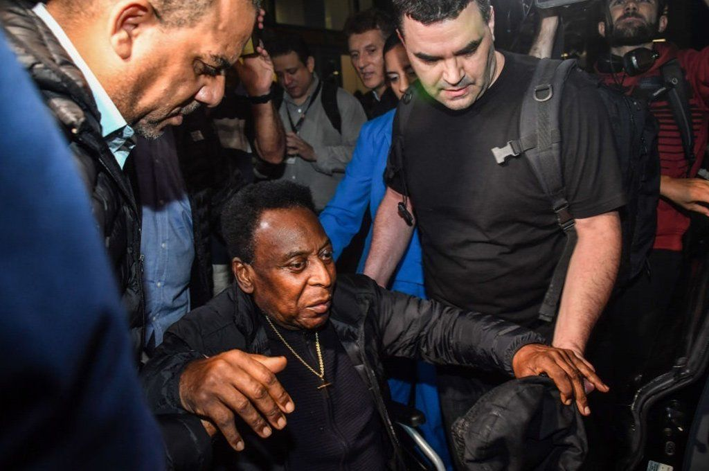 Pelé tiene 80 años y está delicado de salud desde hace algún tiempo. Archivo.