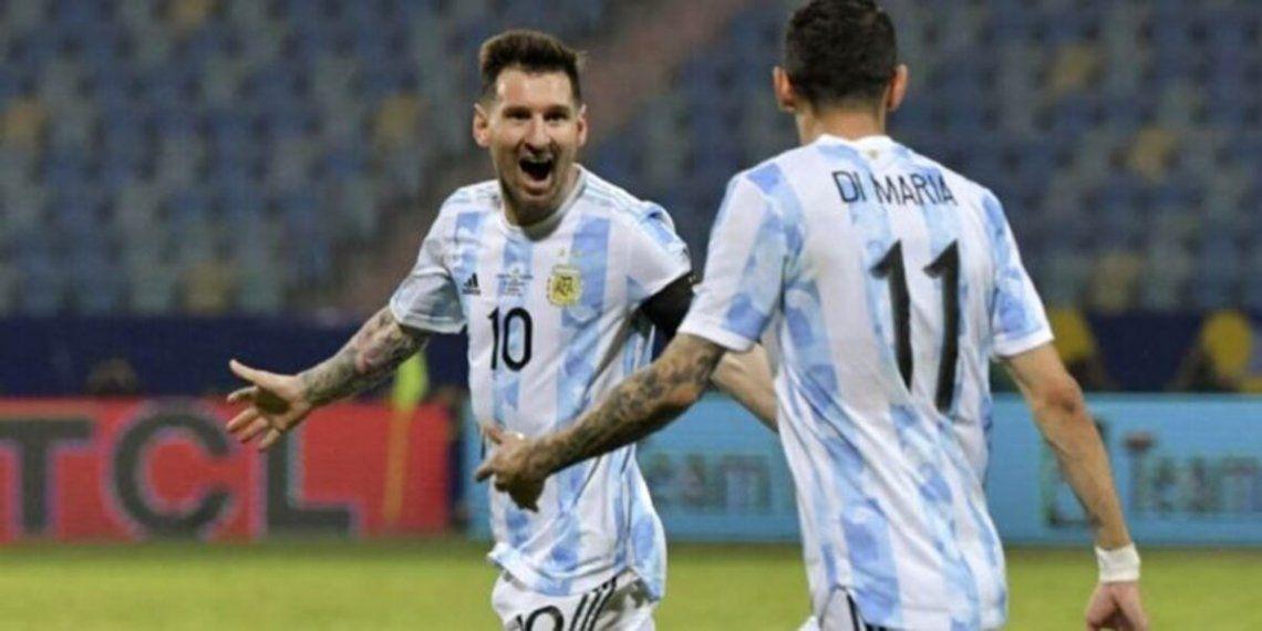 La Selección Argentina llegó al Monumental
