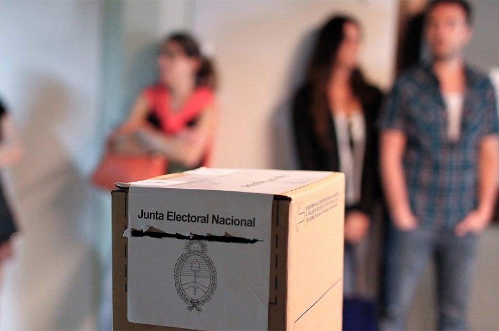 Elecciones: más de 861 mil jóvenes de 16 y 17 años votan por primera vez