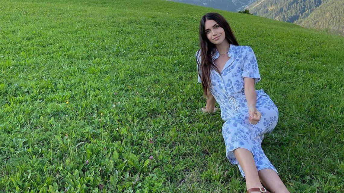 Zaira Nara posó en bikini desde Austria.