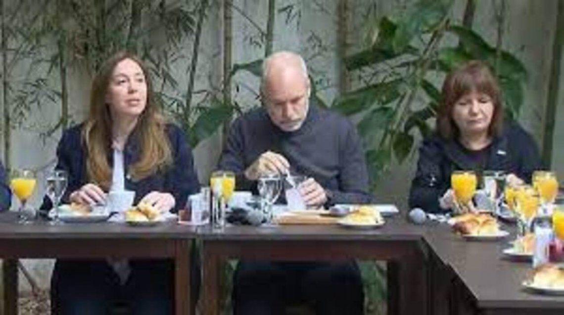 El desayuno de Juntos por el Cambio al aire libre