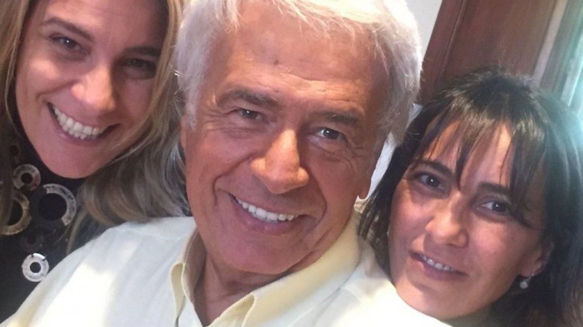 El recordado José Manuel De la Sota junto a sus hijas