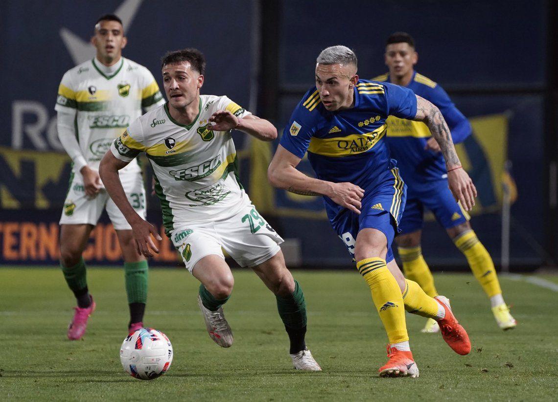 Norberto Briasco desniveló por izquierda en alguna oportunidad durante el primer tiempo