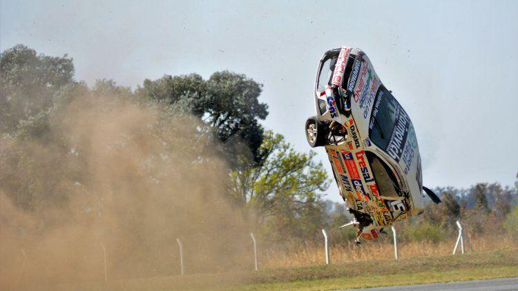 Una toma del vuelvo del auto de Miguel Ciaurro en Alta Gracia. Foto: Eldo Marozzi