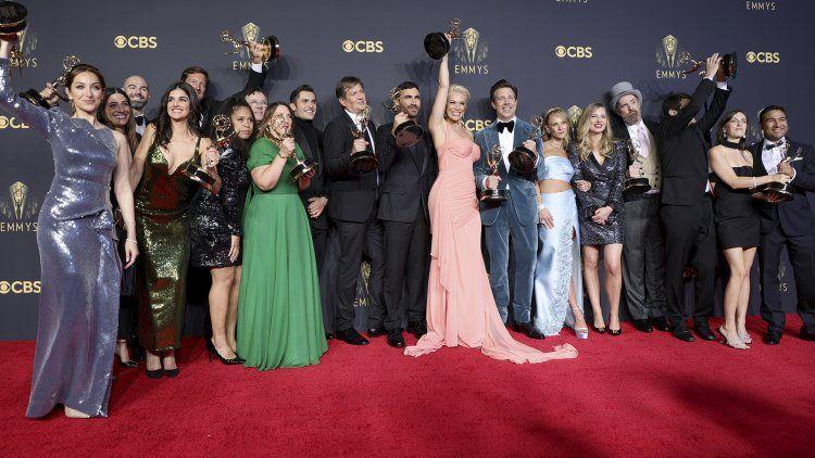 Netflix se consagró con The Crown y The Queens Gambit
