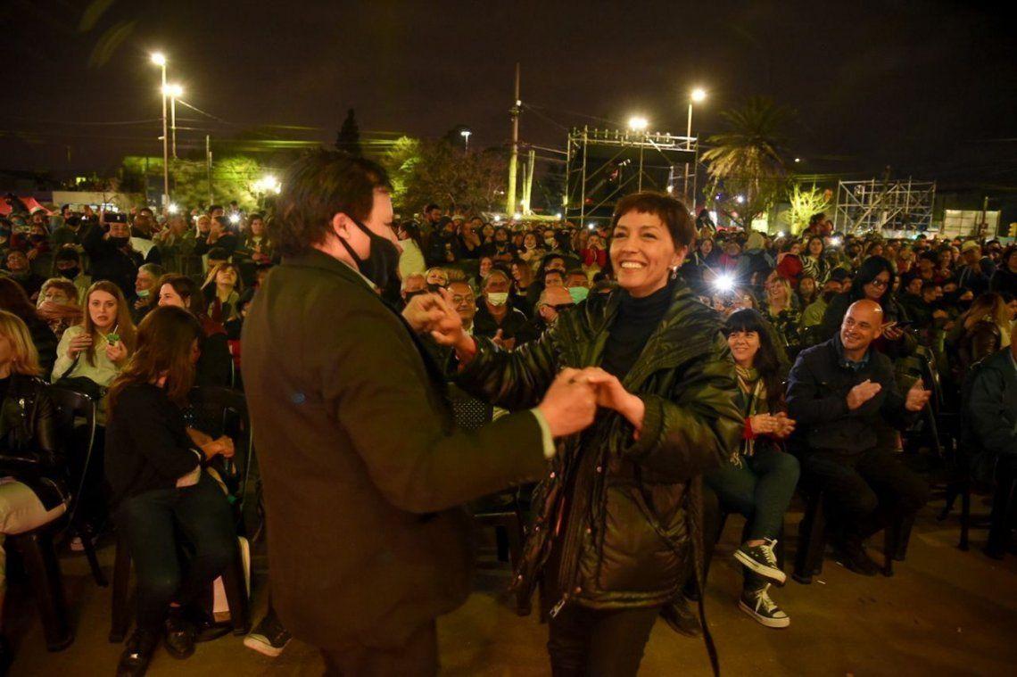 Mayra Mendoza: nos llena de felicidad celebrar este día junto a los solanenses
