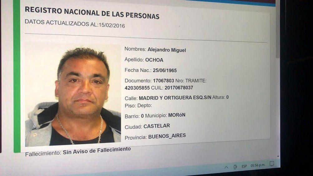 Alejandro Ochoa es el motochorro acusado de haber asaltado en Ramos Mejía a María Rosa Daglio.