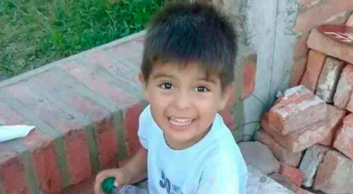 Matan a niño de 3 años presuntamente violado por su padrastro: la madre confesó el crimen