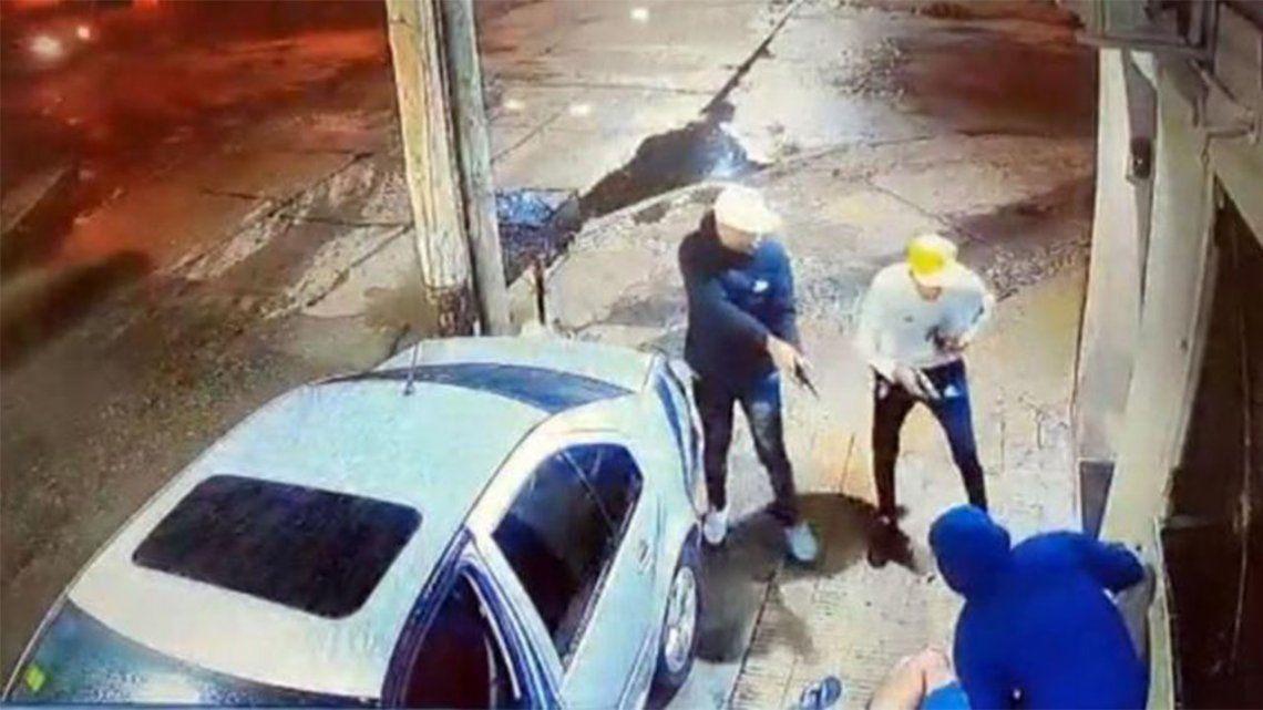 Villa Celina: Asaltan y gatillan a un policía de la Federal.