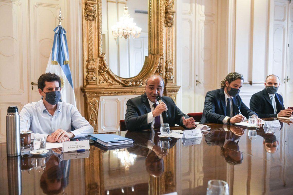 De Pedro y Cafiero estuvieron presentes en la reunión tras la crisis que ocurrió en el gobierno la semana pasada.