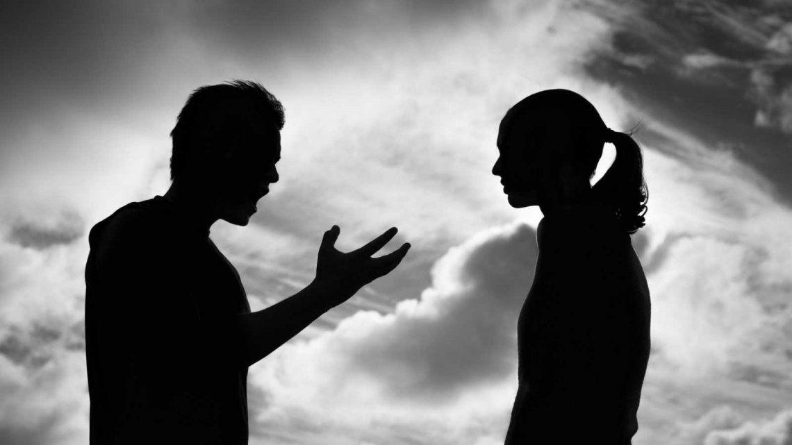Parejas, ex o conocidos cometen el 80% de los femicidios