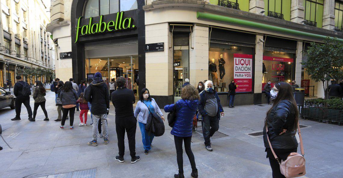 Falabella cierra sus locales.