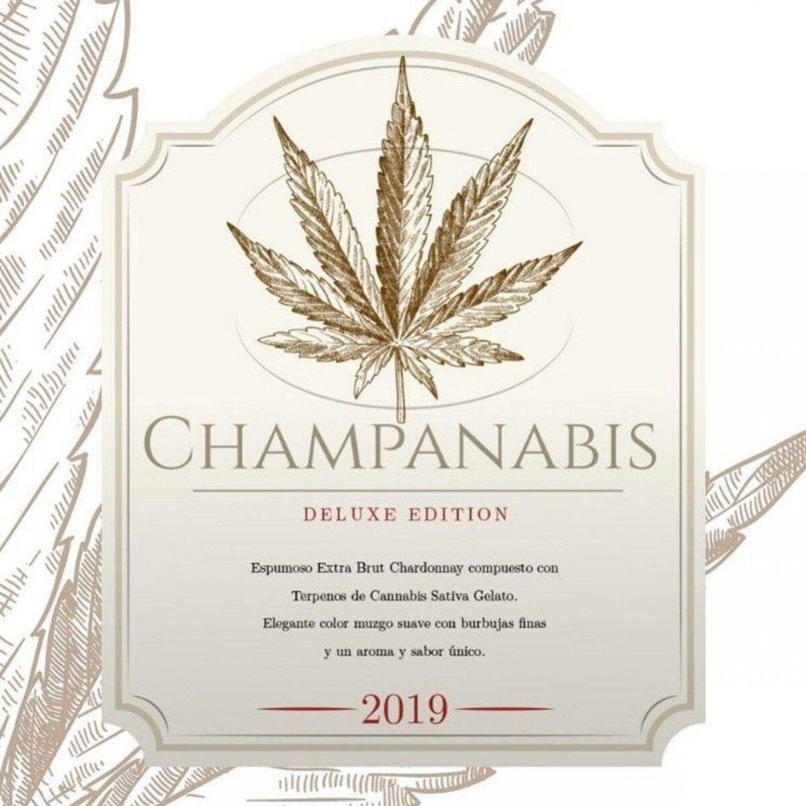 """La etiqueta de """"Champanabis"""", el champán con cannabis."""