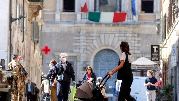 Italia aún permanece cerrada al turismo extranjero y se ha convertido en uno de los países más estrictos, exigiendo el pase verde de Covid. Archivo.