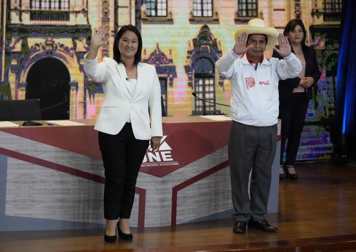 Perú: Keiko Fujimori y Pedro Castillo, por la presidencia.