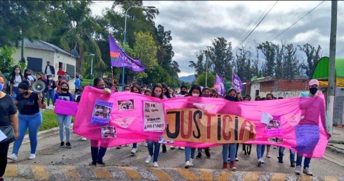 Tucumán: joven denunció que fue violada en grupo luego de una fiesta clandestina
