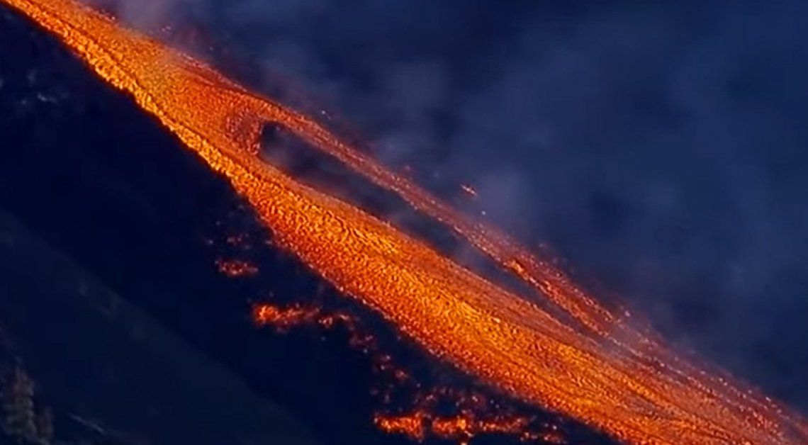 El volcán volvió a entrar en actividad luego de un período de reposo.