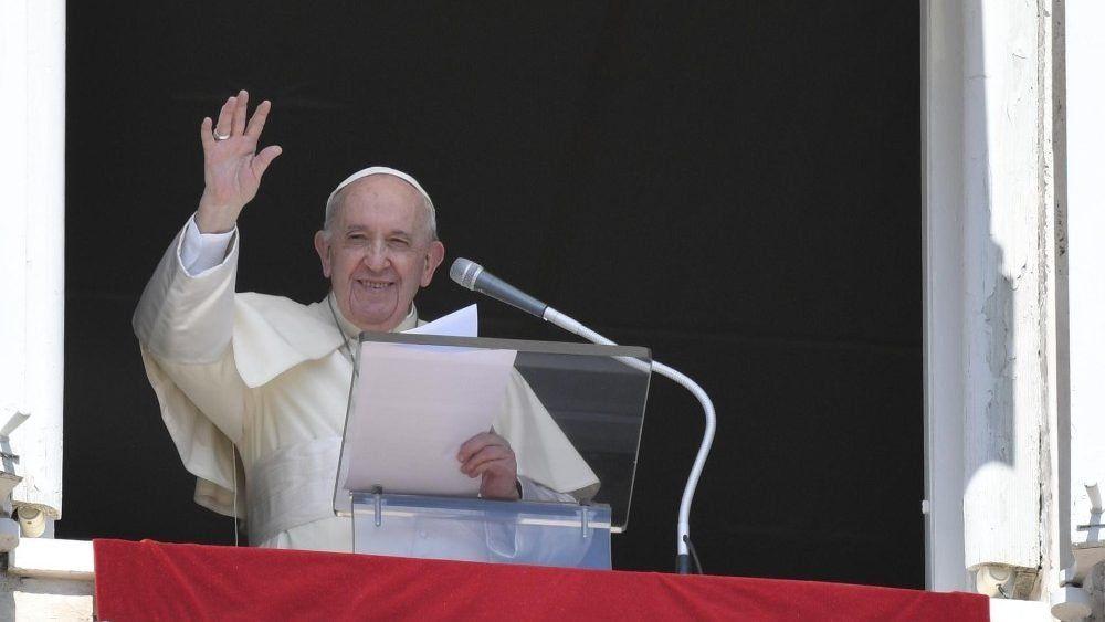 El Papa Francisco solidario con las víctimas del volcan de Las Canarias