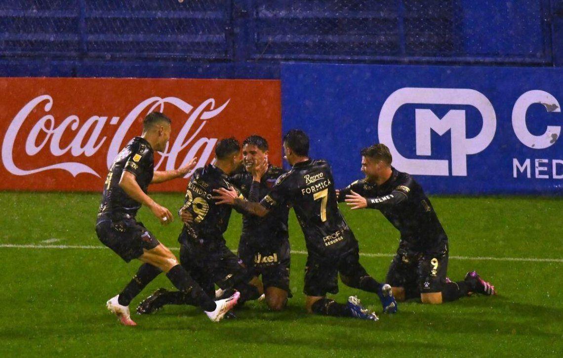 Colón le ganó 1-0 a Vélez.