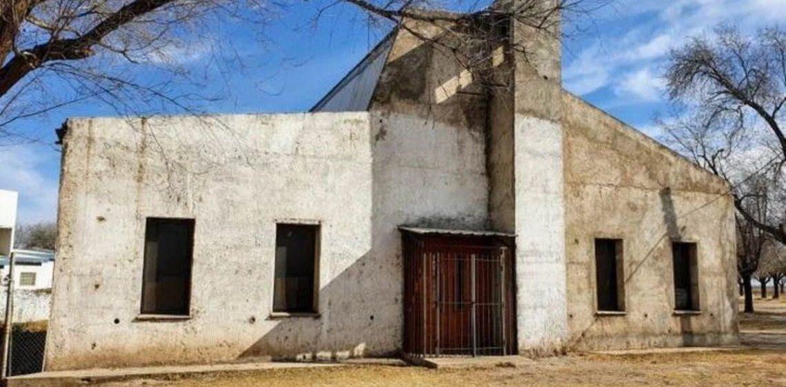 Córdoba: una familia puso un parripollo en una iglesia