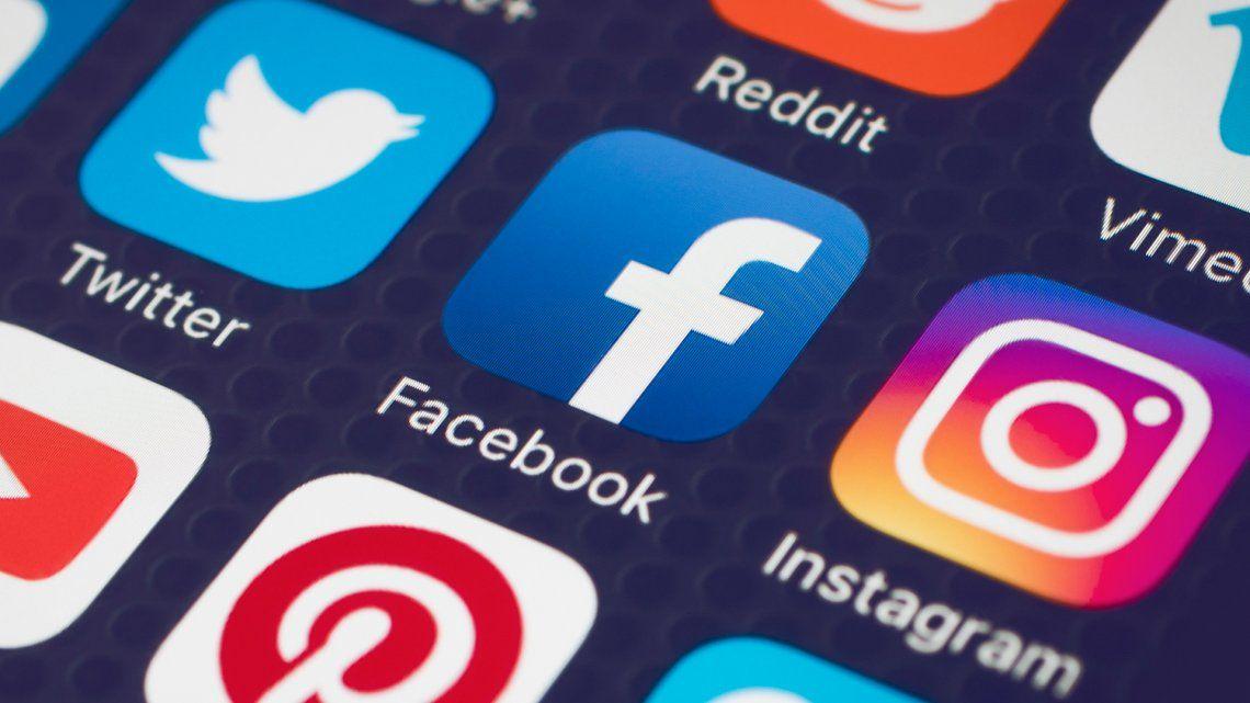 Redes sociales Facebook e Instagram