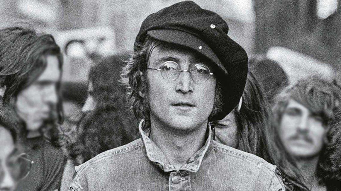 Hallan un tema inédito de John Lennon durante una subasta.