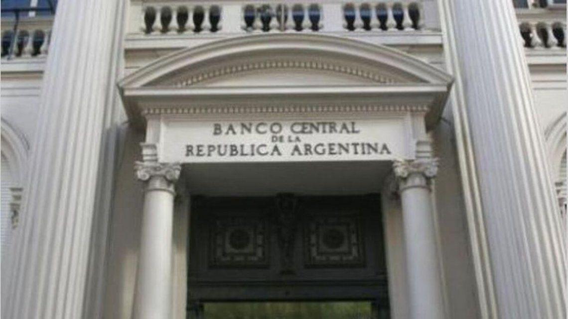 Dólar: El Banco Central compró 140 millones este lunes.