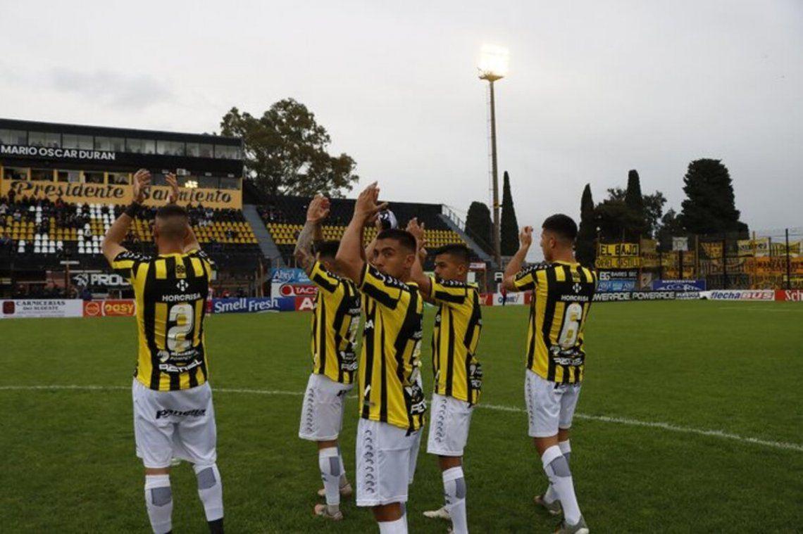 Almirante Brown llega de un empate sin goles ante San Martín (T).