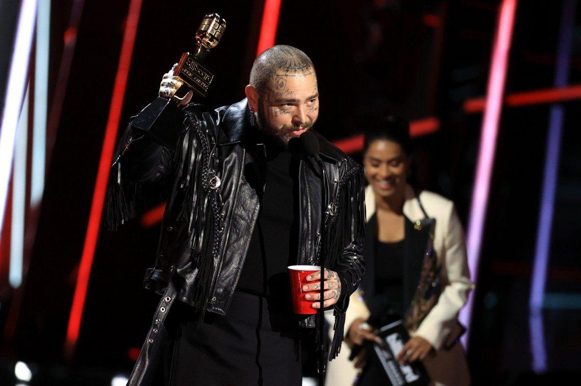 Post Malone arrasó en los premios Billboard