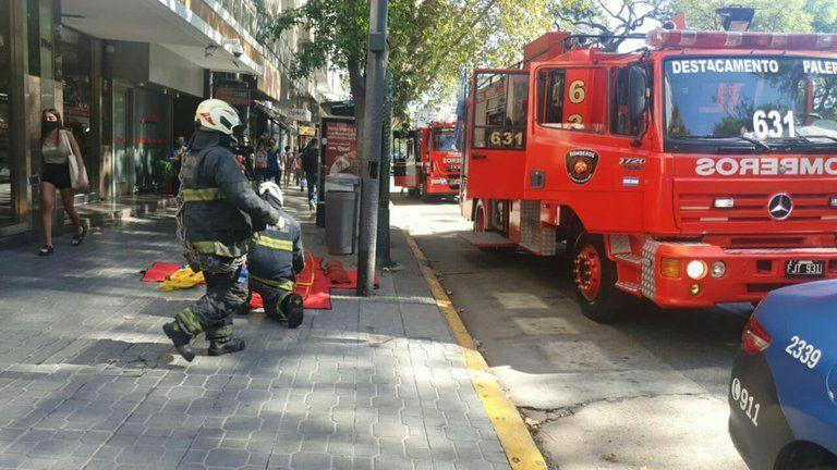 Palermo: una mujer de 47 años murió al caer por el hueco del ascensor.