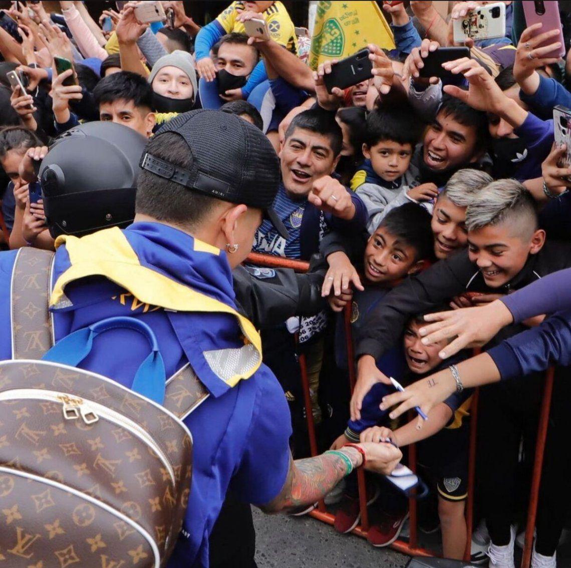 Boca revolucionó Santiago del Estero con su llegada