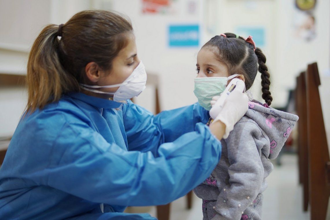 Coronavirus: científicos argentinos identifican un factor de riesgo en niños