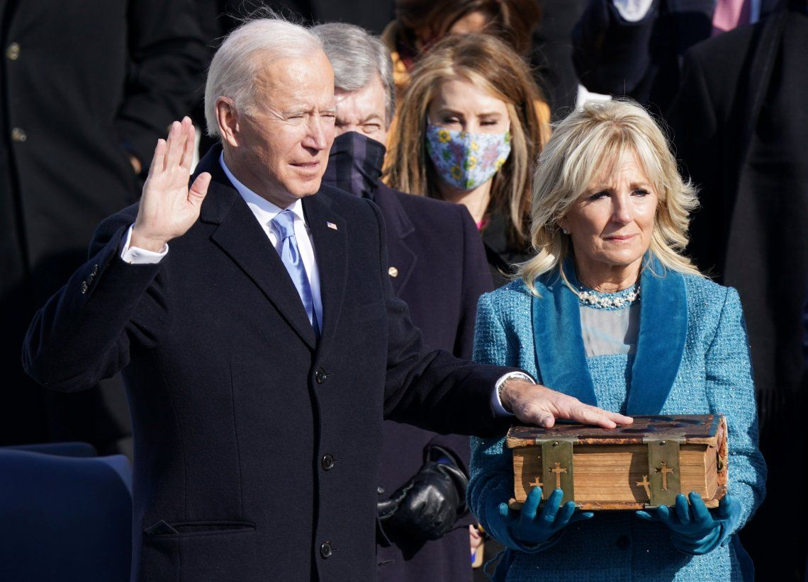 Joe Biden juró como nuevo presidente de Estados Unidos