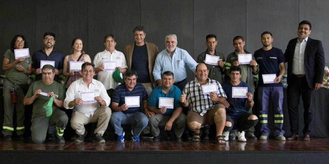 Vicente López: como reconocimiento al empleado municipal, más de 60 personas pasaron a planta permanente