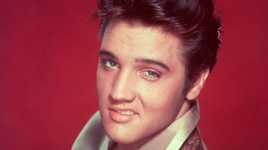 Un mechón de pelo de Elvis Presley se vendió en U$s 72.500