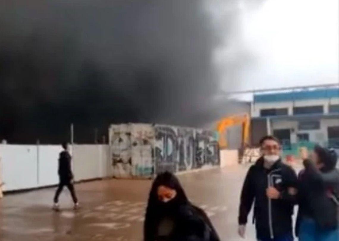 Incendio en la Universidad de Hurlingham.