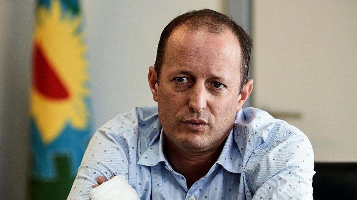 Insaurralde apoyó la medida de subsidiar los viajes de egresados en la Provincia