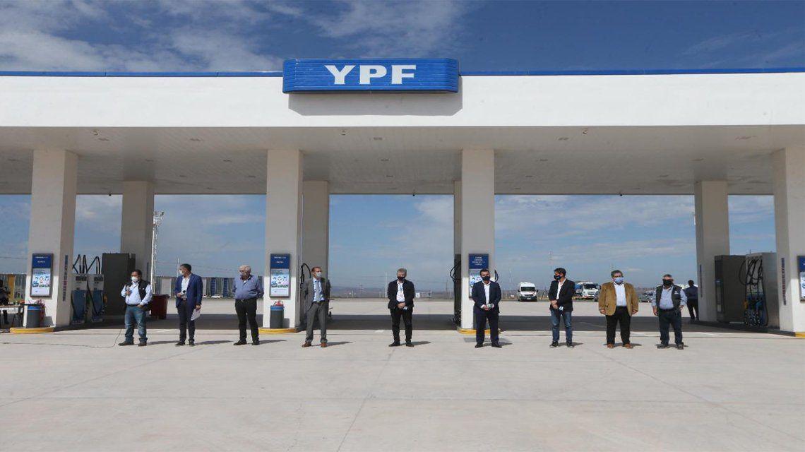 YPF anuncia inversiones por U$S 2.600 millones para este año.