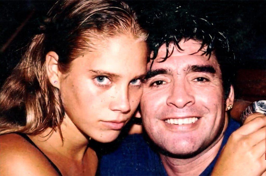 Mavys y Maradona en 2000