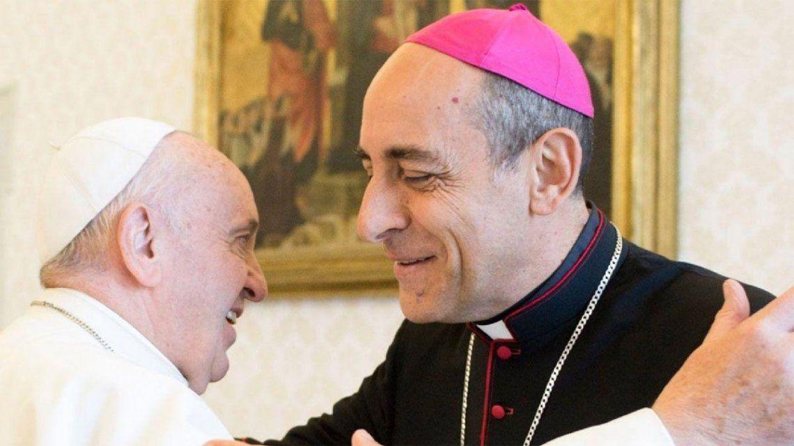 El arzobispo junto al Papa.