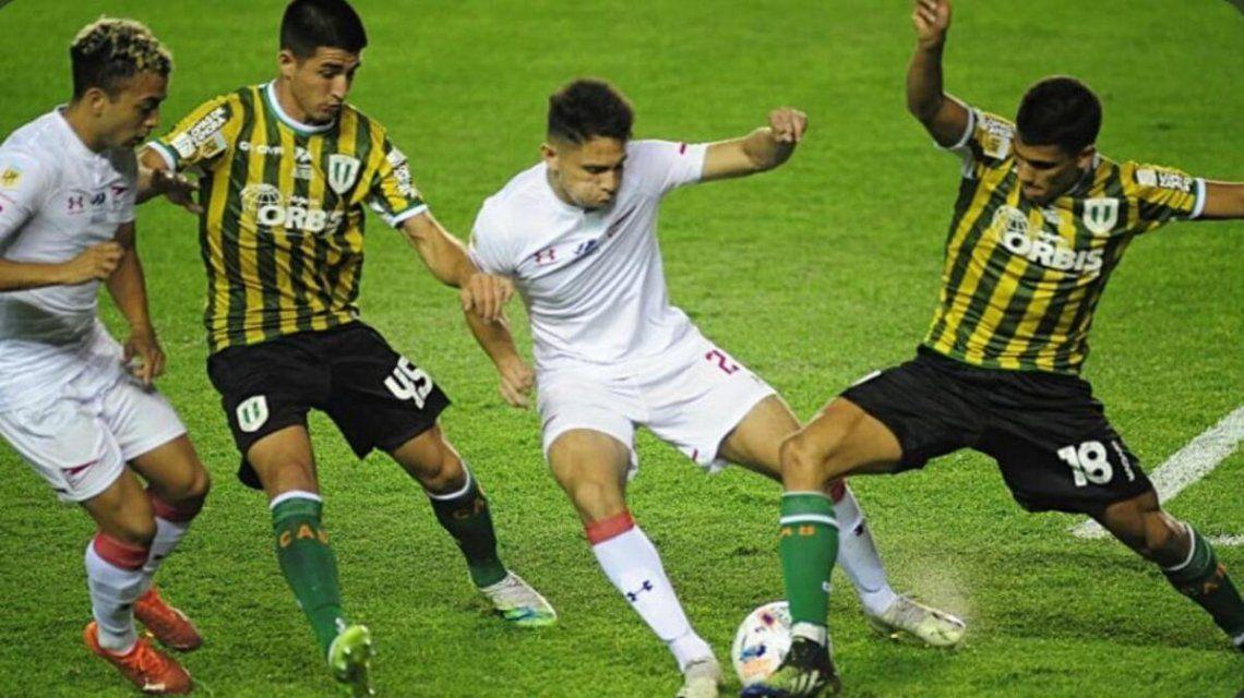 Banfield empató 2-2 con Estudiantes de La Plata