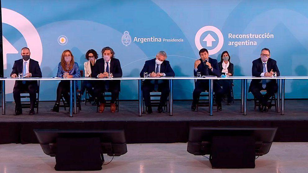 Alberto Fernández amplió la Tarjeta Alimentar.
