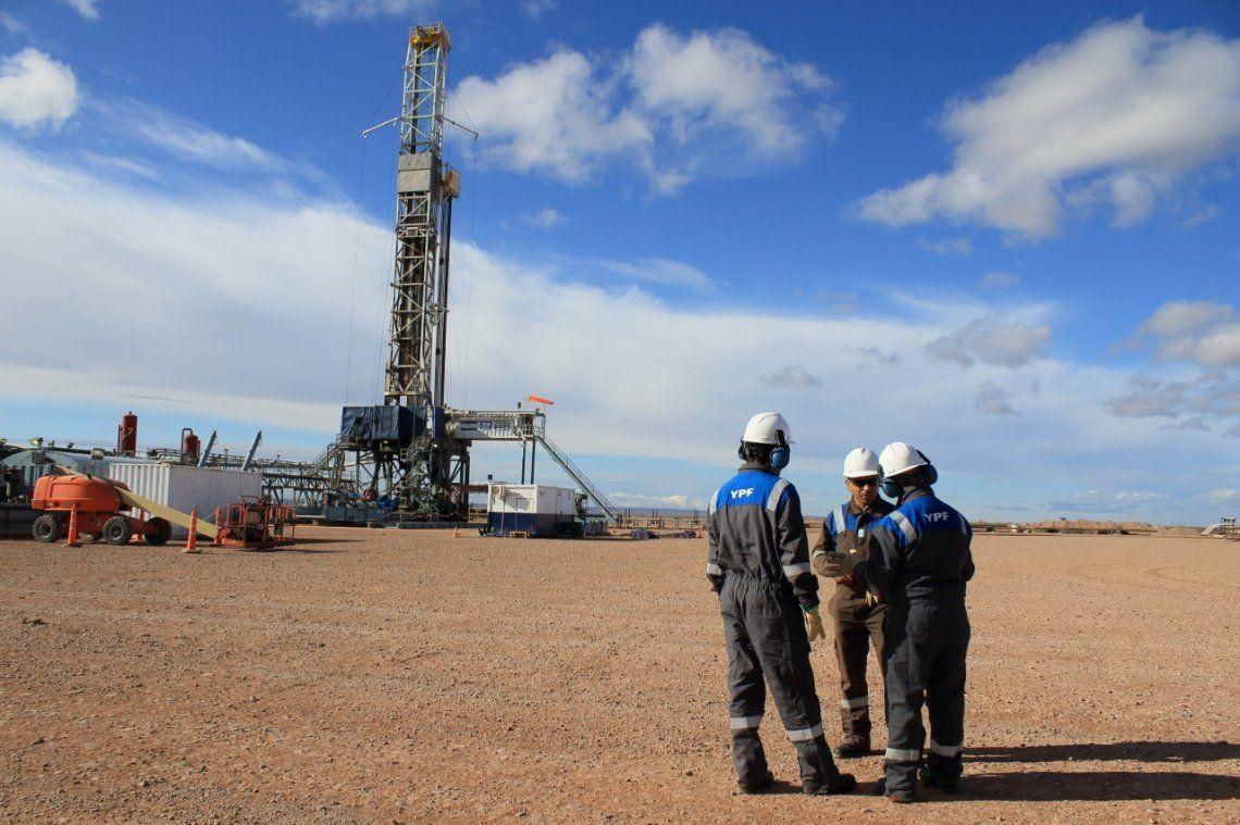 El directivo de YPF añadió que de una producción de 5 millones de metros cúbicos de shale gas