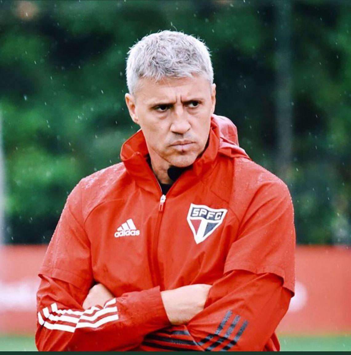 Hernán Crespo no es más el entrenador de San Pablo.