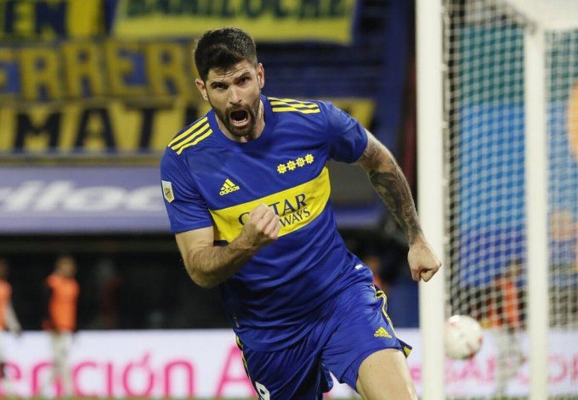 Desahogo de Orsini y triunfo de Boca ante el último campeón.