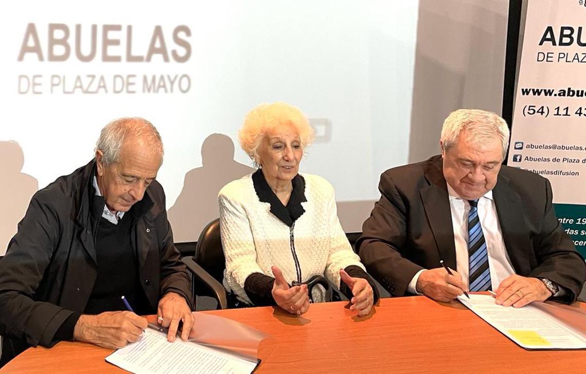 Boca y River firman histórico acuerdo con Abuelas de Plaza de Mayo