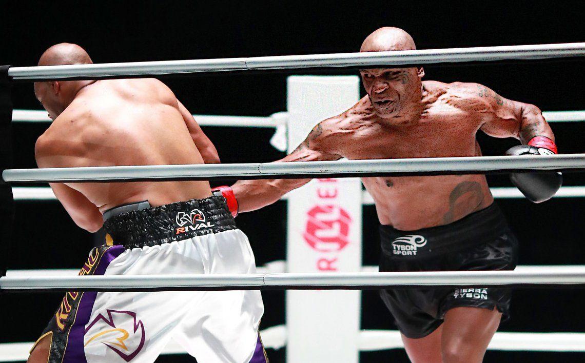 El regreso de Mike Tyson ante Roy Jones Jr
