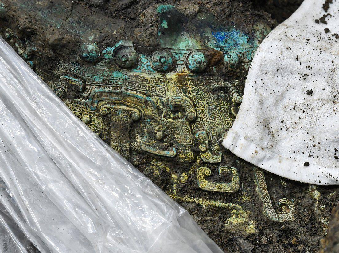 China: hallan máscara de oro de una misteriosa civilización