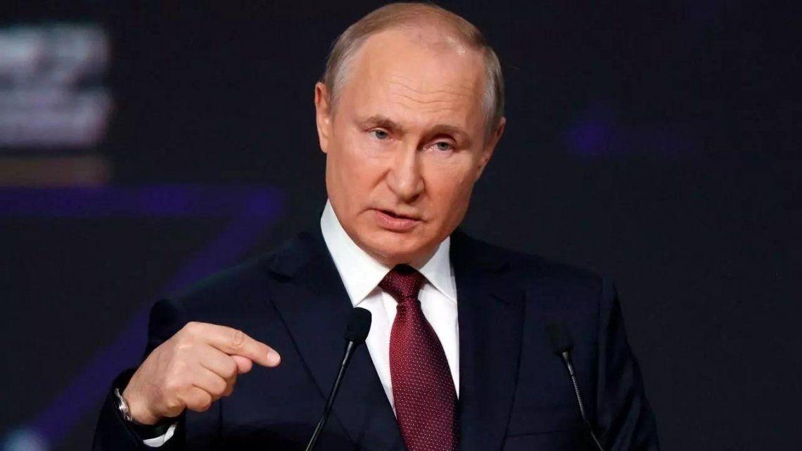 Vladimir Putin invitó a los extranjeros a vacunarse en Rusia.
