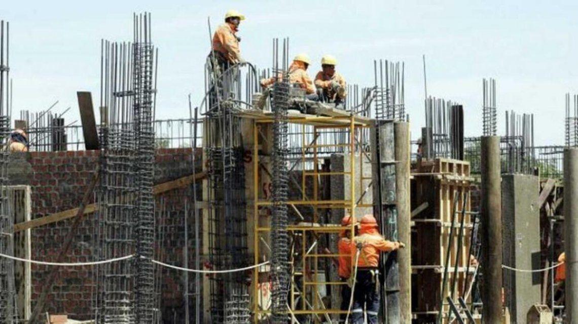 La primera caída de la construcción en doce meses.
